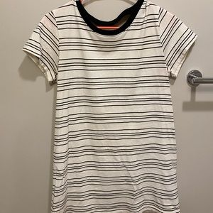 Long striped t-shirt with back cutout